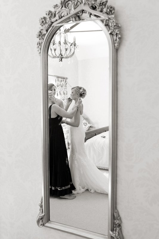 The final touches: bridal preparation